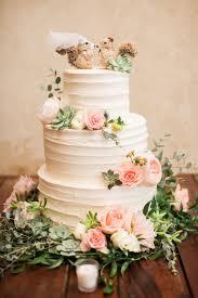 wedding cake cutting songs trending 10 modern wedding cake cutting songs