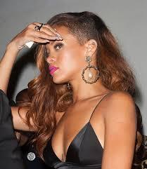 rihanna earrings rihanna s got a thing for bling rihanna style beauty b real