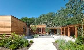 contemporary ranch homes contemporary ranch style homes modern ranch style homes contemporary