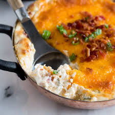 ditch a sit dinner with these thanksgiving inspired dips
