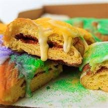 king cakes online 32 best mardi gras king cake images on king cakes