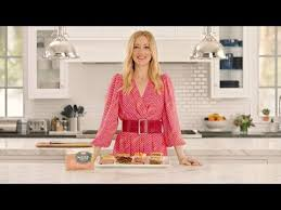 actress in capitol one commercial2015 the makers of hormel natural choice deli meats announce new