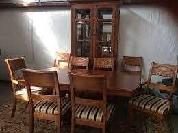 lexington triumph double pedestal cherry dining table set w 8