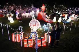 limo lights tour minneapolis twin cities holiday lights tours sit back and enjoy twin cities