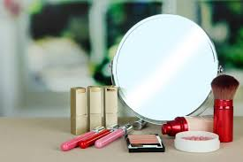 Tabletop Vanity Mirror With Lights 9 Pro Lighting Tips For Applying Makeup With A Tabletop Vanity