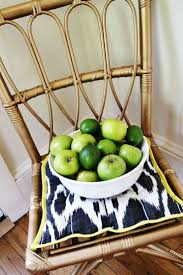 Spray Paint Wicker Patio Furniture - best 25 old wicker chairs ideas on pinterest old wicker