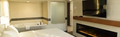 holiday inn winnipeg airport west room pictures u0026 amenities