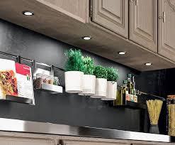 eclairage cuisine spot comment éclairer une cuisine ouverte les petits riens