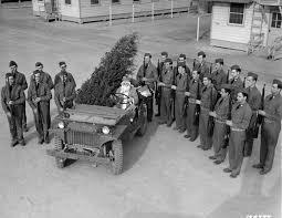 christmas on during world war ii 21 pics