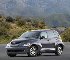 chrysler crossover 2007 chrysler pt cruiser pictures history value research news