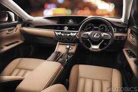 lexus es300h test lexus es300h hybrid luxury sedan launched in india at inr 55