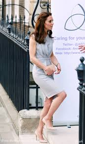 kate visits hampton court u0026 spencer house on day of engagements