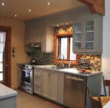 retaper armoire de cuisine armoire de cuisine bois cuisine modle villeray en rable couleur