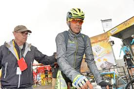 cycling shower jacket wind rain jacket buyer u0027s guide six autumn cl