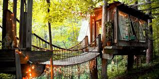 cool tree house 10 best treehouse hotels in 2017 cool tree house vacations