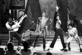 motown 25 anniversary inside michael jackson s iconic moonwalk onstage rolling