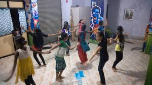 messy academy big girls group rehresal routine messy dance academy