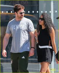 gerard in ny june 2014 weirdly obsessive gerard butler fans