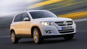 volkswagen suv tiguan old vw tiguan to live on for two more years in u s