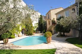 chambre d hote languedoc roussillon avec piscine l esteloum maison d hôtes de charme avec piscine à bezouce dans
