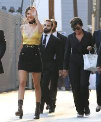 Kris Jenner Live - kris jenner photos photos celebrities visit u0027jimmy kimmel live