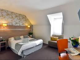 chambre nantes hotels chambres d hôtes locations de vacances et appartements à