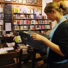 libreria sole 24 ore quelli ci provano sei commessi rilevano la libreria destinata