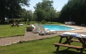 chambre d hote lurcy levis location chambres d hotes avec piscine et vue sur la cagne