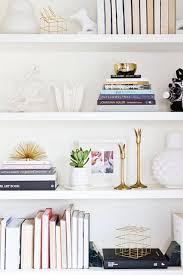 Office Shelf Decorating Ideas Best 25 Bookshelf Organization Ideas On Pinterest Bookshelf