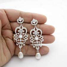 vintage wedding earrings chandeliers bridal chandelier earrings vintage style chandelier wedding