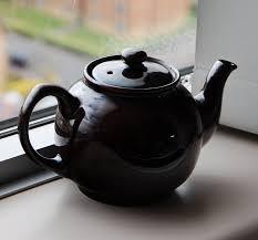 black tea pot