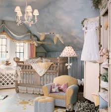 decorate babies room