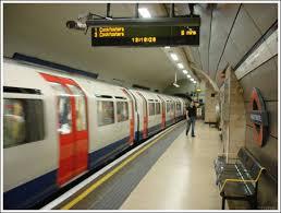 Ilustrace k článku: Bomby v londýnském metru vybuchly téměř současně (BBC)