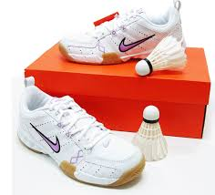 nike badminton shoes