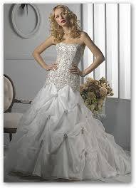 bride wedding gowns