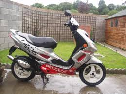 peugeot speedfight moped
