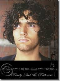 curly hairstyles male