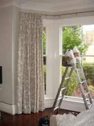 bay window curtain styles