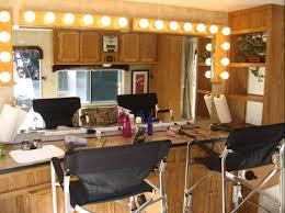 make up trailer