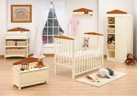 decorating a babys room