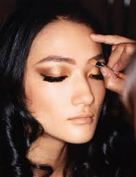 make up smokey eyes