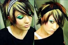 emo eye make up