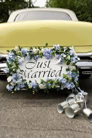 decorating wedding cars