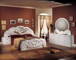 italian bedroom