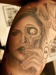 face skull tattoo
