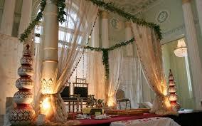 creative wedding decor