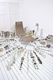 eames aluminum chairs