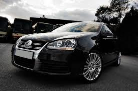 black r32