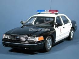 1 18 police cars
