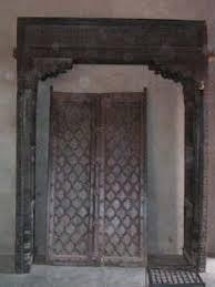 antiques door